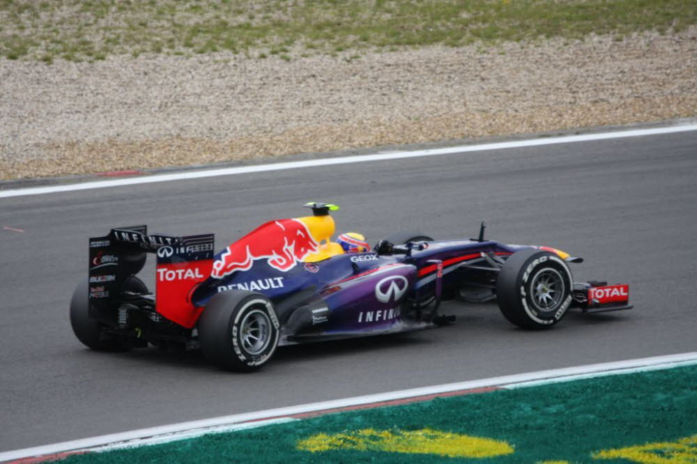 10-Mark Webber